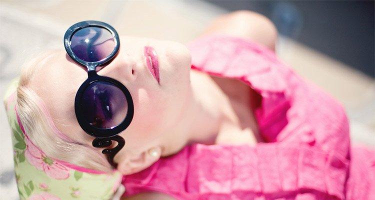 A Woman Wearing A Sunglasses